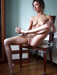 XXX Beauty - Naturally Beautiful Amateur Nudes