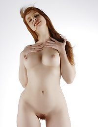Erotic Ultra-cutie - Naturally Beautiful Unexperienced Nudes