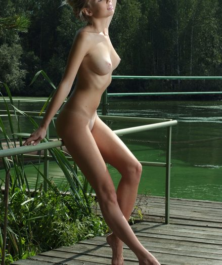 Perfect naked babe